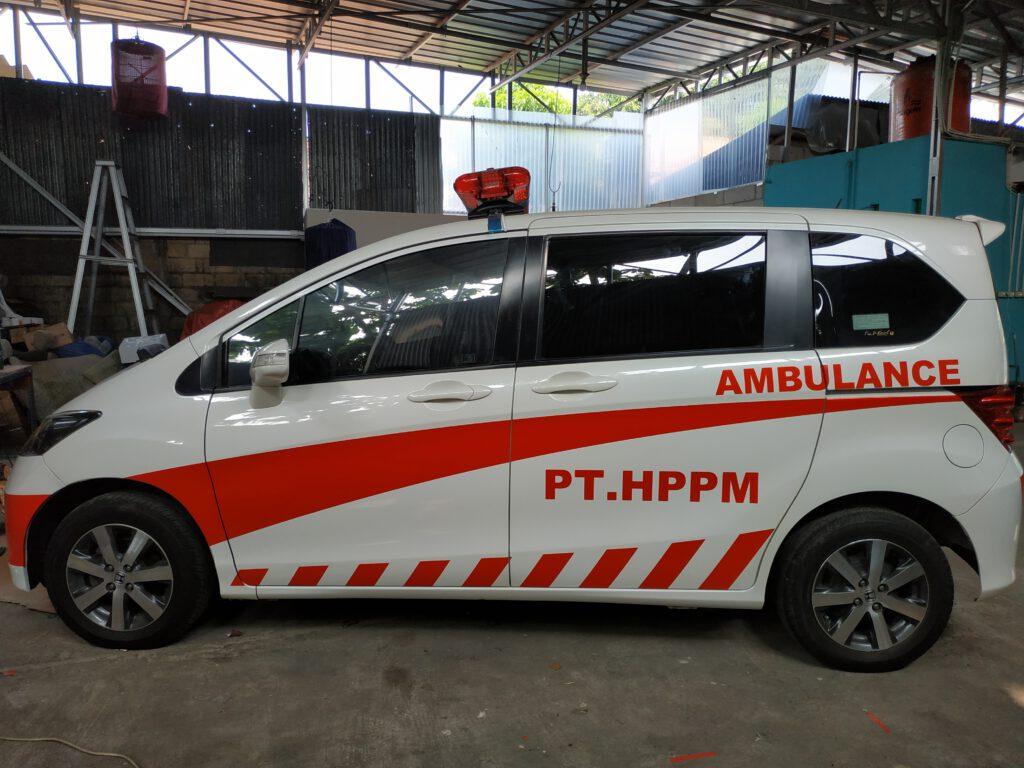 Ambulance Honda Freed